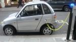 Milano: obbligo di colonnine per auto elettriche nei benzinai