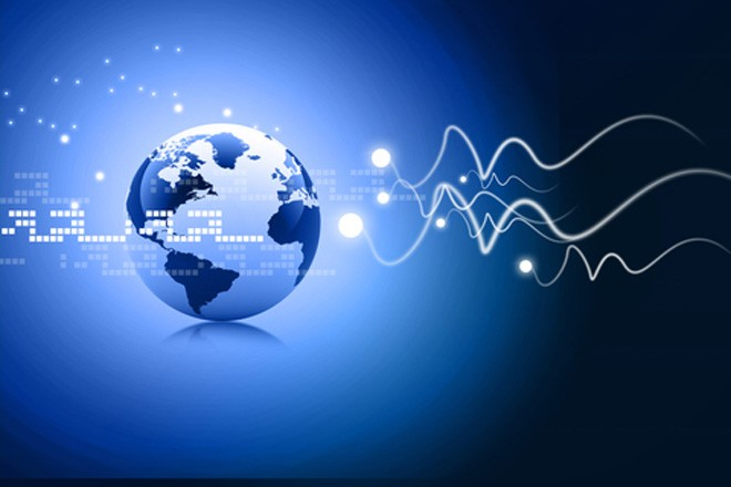 Telecom Italia accelera con la fibra ottica
