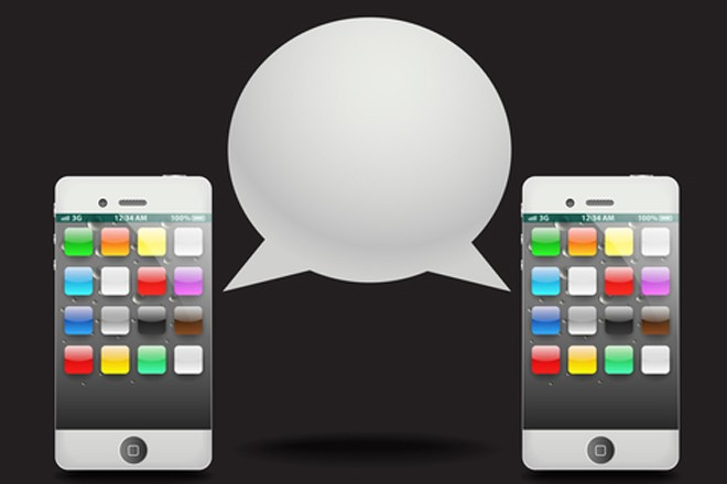 Le nuove tendenze degli italiani al telefono: meno linee fisse e sms, più traffico dati