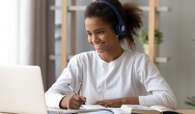 A scuola da casa con la didattica a distanza via internet