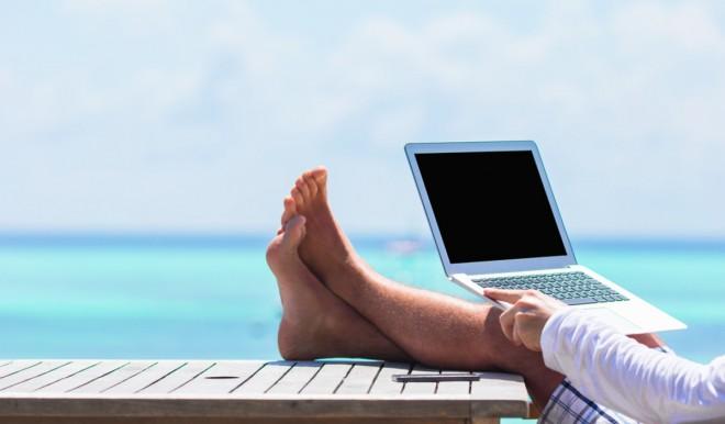 Dallo smart working all'holiday working: nuove tendenze per gli affitti brevi