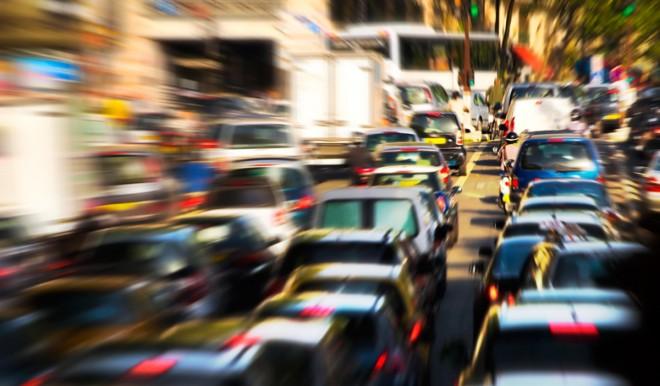 Quando le auto inizieranno a viaggiare sul 5G