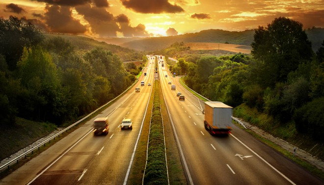 Incidenti stradali: per prevenirli occorre anche monitorare strade, ponti e gallerie