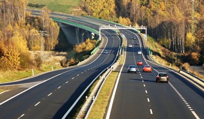 Autostrade: l'UE vuole i prezzi dei pedaggi basati anche sulle emissioni di CO2