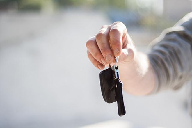 Bollo auto: prelievo forzoso nel conto corrente per chi non paga