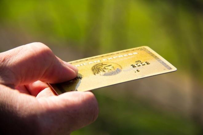 Premio fino a mezzo milione di American Express per chi accetta le sue carte di credito