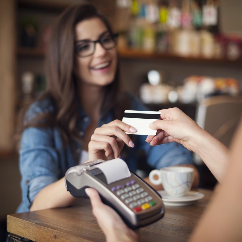La carta di credito con rivestimento anti-batterico