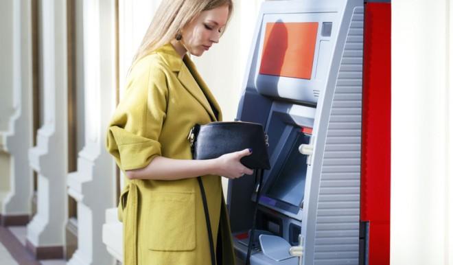 Bancomat, forse cambieranno i costi dei prelievi di denaro in contanti