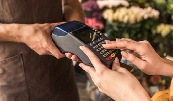 Moneta elettronica in Italia: nel 2020 i pagamenti digitali saliti dal 29% al 33%