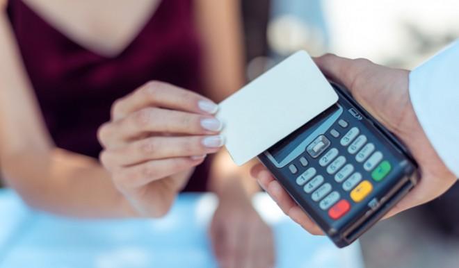 Pagamenti contactless: innovazioni da Visa e MyPos