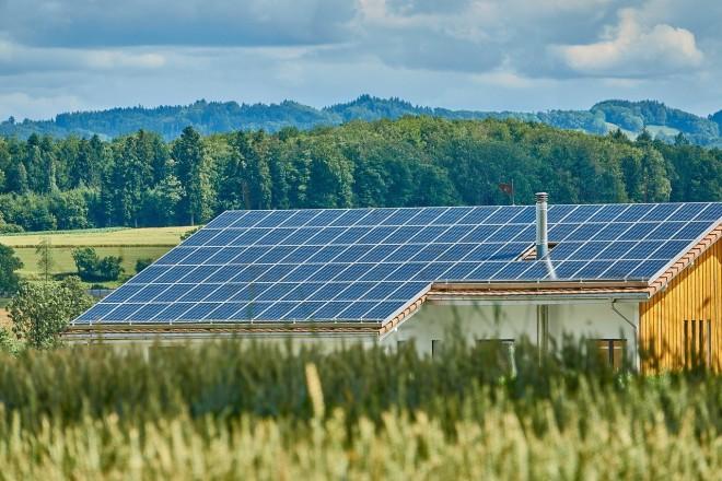 Usare l'energia solare senza installare i pannelli