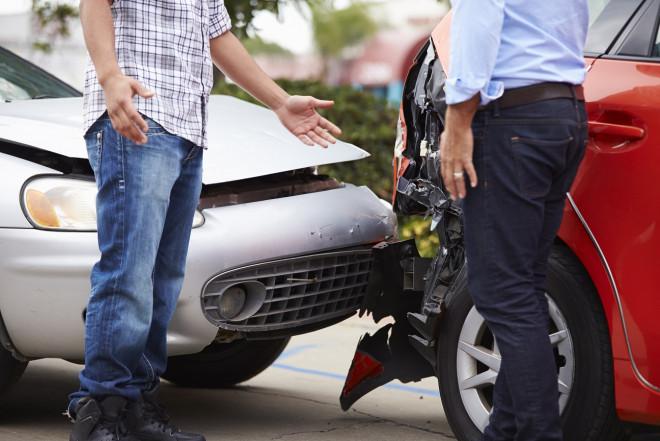 Incidenti stradali: 1 testimone su 2 non lascia i propri dati