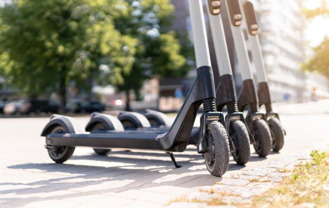 Mobilità: 2,5 milioni di italiani vogliono il monopattino elettrico