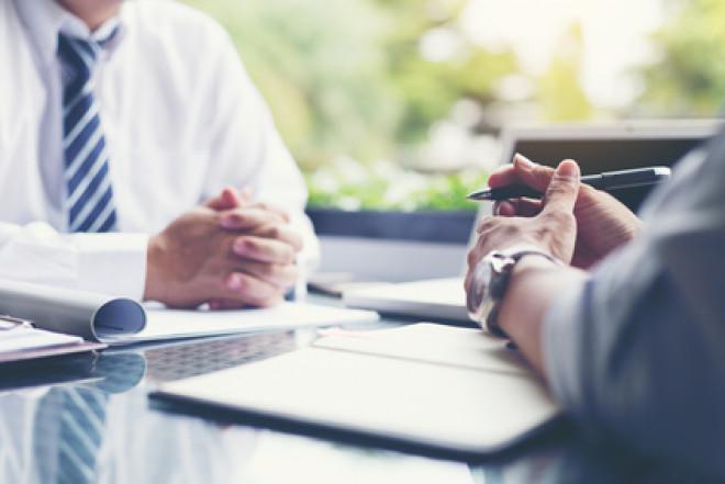Come richiedere un prestito senza contratto indeterminato