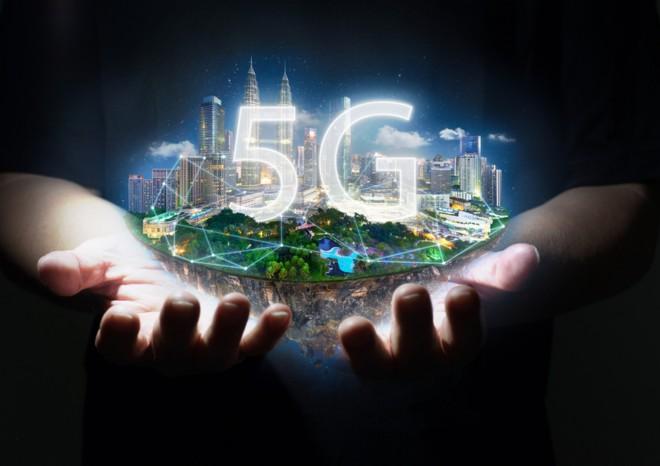 Tecnologia 5G mobile in Italia: ecco quanto ci costa