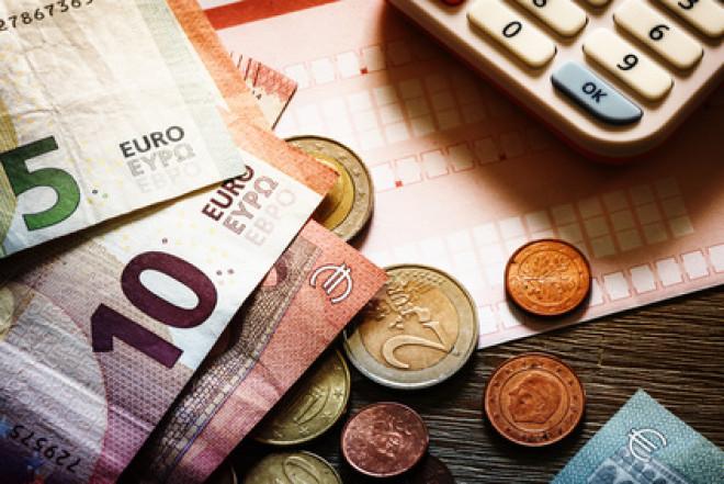 Indagine Doxa: in Italia aumentano i risparmiatori e gli investimenti