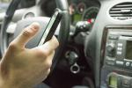 Distratti al volante per colpa dello smartphone
