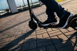 Monopattini: si va verso targa, casco e polizza obbligatoria