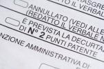 850 euro per l'auto parcheggiata senza assicurazione