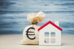 Mutui: tassi in aumento, calano le surroghe