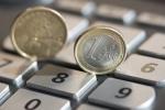 Prestiti: calano gli importi medi richiesti, si torna ai livelli di un anno fa