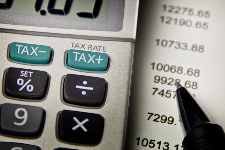 400 i comuni italiani tentati dall'aumento delle due imposte